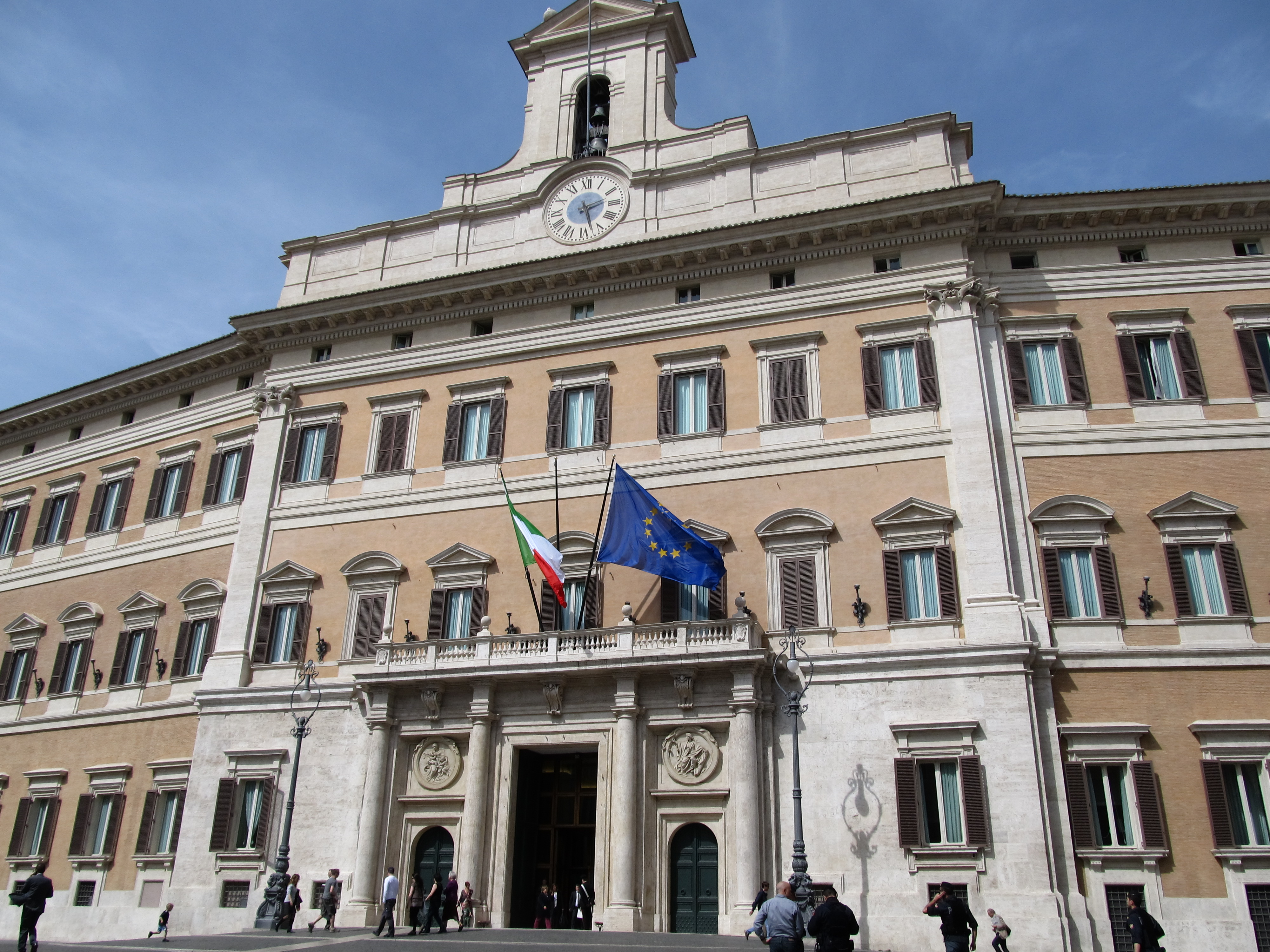 301 moved permanently for Palazzo parlamento italiano